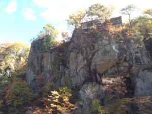 噴き割れ渓谷.3